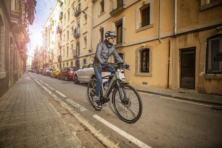 Riese & Müeller Roadster Touring Street Barcelona